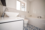 Bathroom renovation in Islington London N1 and N7, local bathroom installation company in Central London (3 of 3)