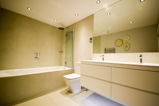 Bathroom design and installation in N1 and N7 Islington London – local design and installation company in Central London (2 of 5)